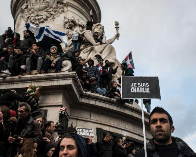 Paris. 11 janvier 2015. Place de la Republique Marche républicaine contre la terreur en hommage aux victimes des attentats perpétués entre le 7 et 9 janvier 2015.