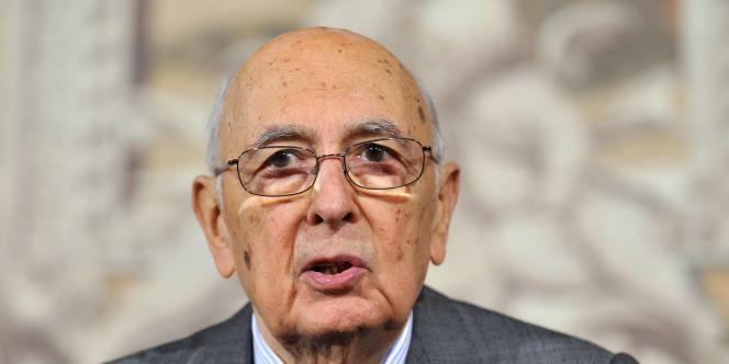 Le chef d'Etat italien a démissionné mercredi 14 janvier, une décision attendue en Italie.