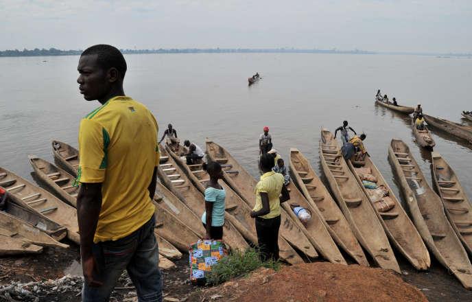 Le naufrage s'est produit au niveau de la localité de Modalé, à125kilomètres en aval de Bangui.