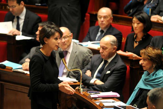 La ministre de l'Education nationale Najat Vallaud-Belkacem à l'Assemblée nationale lors de la séance de questions au gouvernement, le 14 janvier 2015
