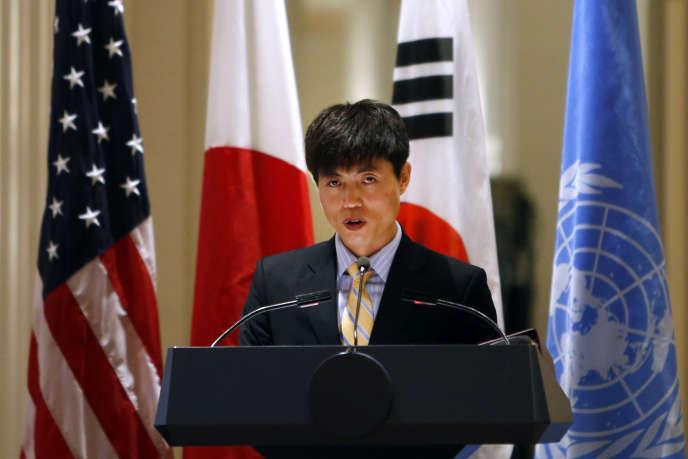 L'activiste nord-coréen Shin Dong-hyuk, qui a dû quitter son pays, parle devant le Conseil de sécurité des Nations unies, en2014 à New York.