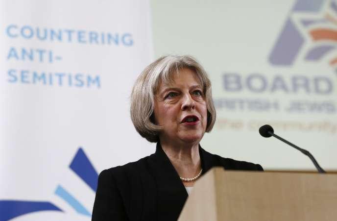 La ministre de l'intérieur britannique Theresa May dimanche 18 janvier, à Londres.