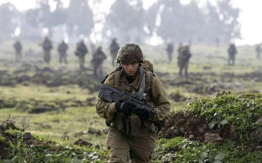Un soldat israélien, en 2015 sur le plateau du Golan.