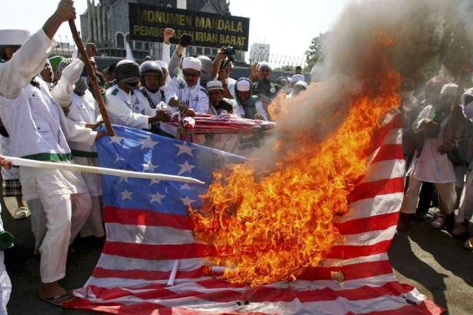 Manifestation contre un film anti-islam à Makassar, sur l'île de Sulawesi en Indonésie, en 2012.