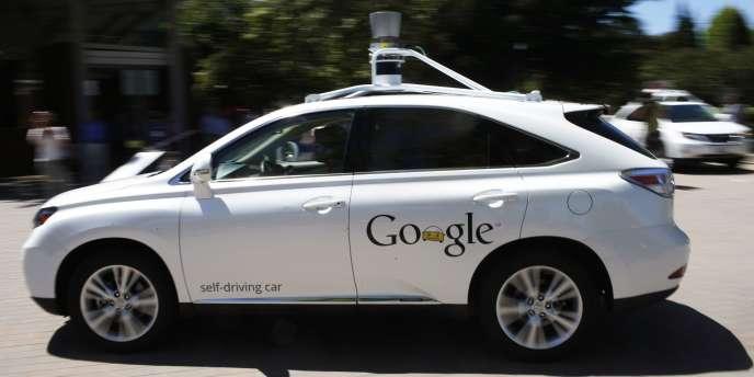 En 2017, Google prévoit d'installer à Detroit, berceau historique de l'automobile américaine, une flotte de 200 Google Cars.