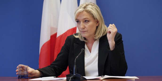 La présidente du Front national, à Nanterre, le 16 janvier.