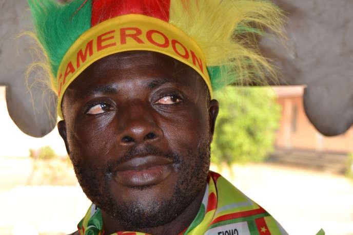 Un supporter des Lions indomptables à Douala, capitale économique du Cameroun.