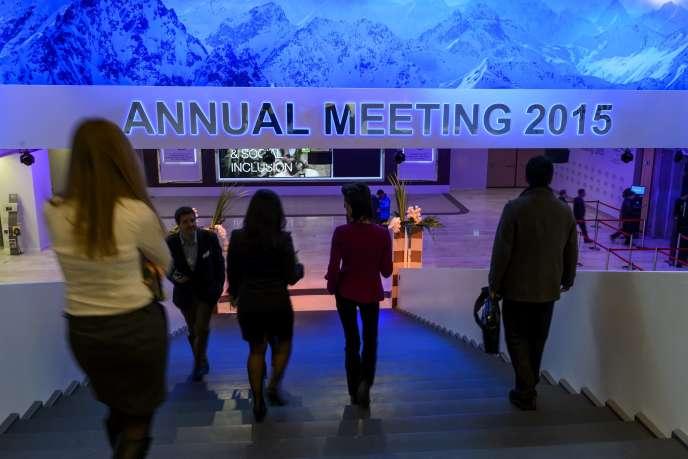 A Davos, le 20 janvier. Les patrons américains, boostés par la croissance apportée par les gaz et pétrole de schiste dans leur pays, sont 43 % à se montrer optimistes pour leur business, un chiffre en hausse de 10 points par rapport à 2014.