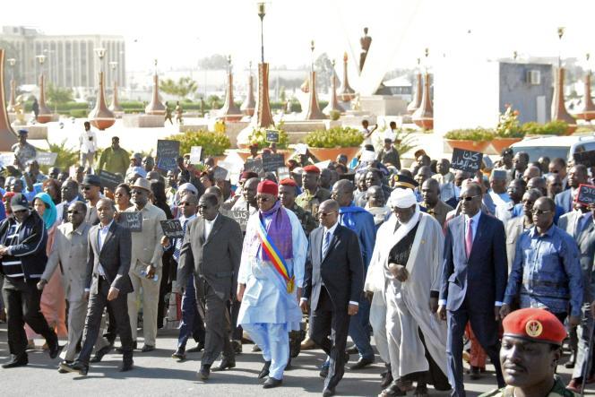 Une marche de soutien à l'armée tchadienne, qui s'apprête à intervenir au Cameroun et au Nigeria contre Boko Haram, a eu lieu le 17 janvier dans la capitale N'Djamena.
