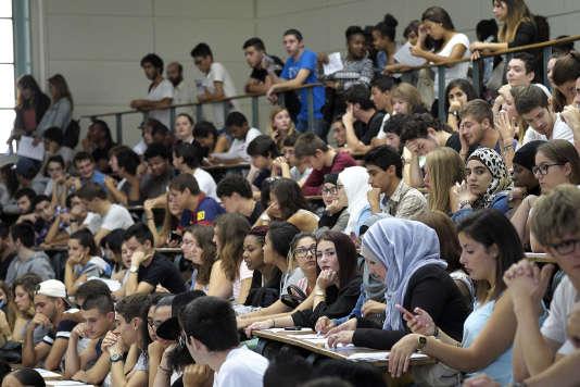 Des étudiants lors d'un cours à l'Université d'Aix-Marseille à Marseille en septembre 2014.