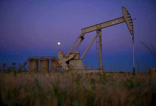 Un puits de pétrole dans le Dakota du Nord, une des régions touchées par le boom des hydrocarbures de schiste aux Etats-Unis.