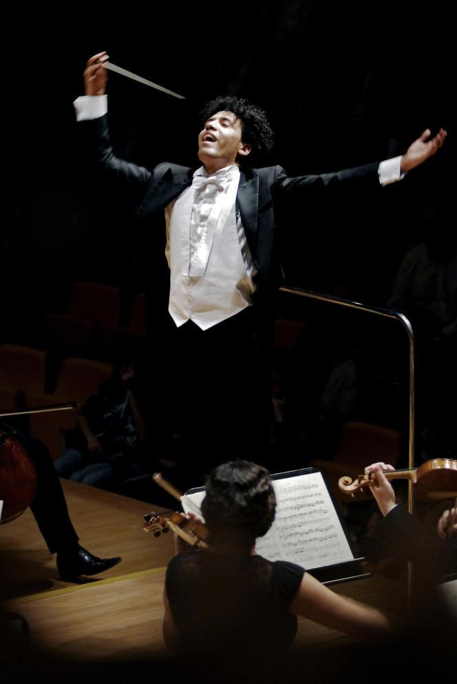 Le chef d'orchestre vénézuélien Rafael Payare.