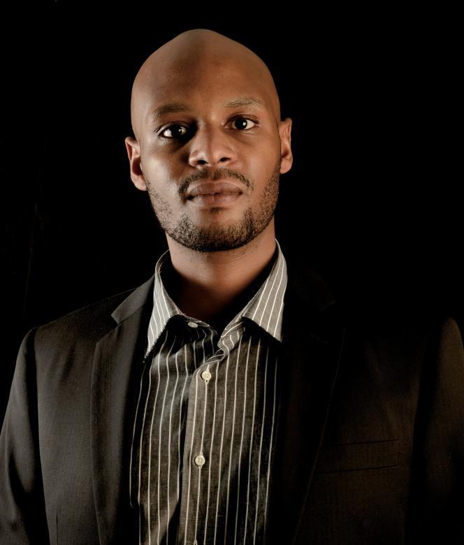 Le Tanzanien Patrick Ngowi, 30 ans, a installé avec son groupe Helvetic Solar plus de 6 000 panneaux solaires en Afrique de l'Est.