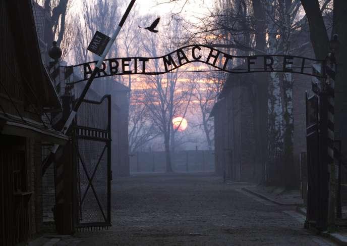 Ces informations seront transmies au Service central d'enquêtes sur les crimes nationaux-socialistes à Ludwigsburg en Allemagne et aux procureurs allemands.