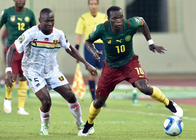 Le défenseur guinéen Fode Camara et l'attaquant camerounais Vincent Aboubakar se sont quittés sur un score nul (1-1), samedi 24 janvier.