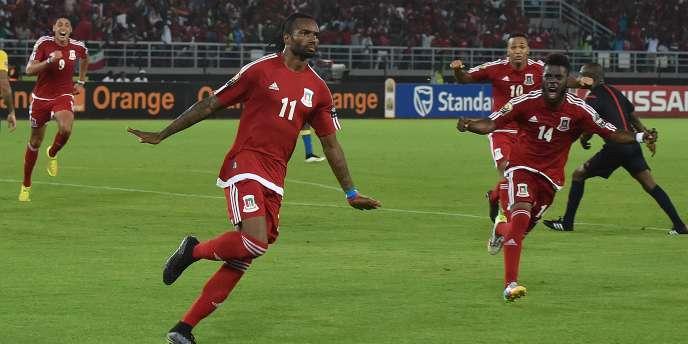 L'attaquant de la Guinée équatoriale, Javier Balboa, après son but face au Gabon, le 25 janvier.