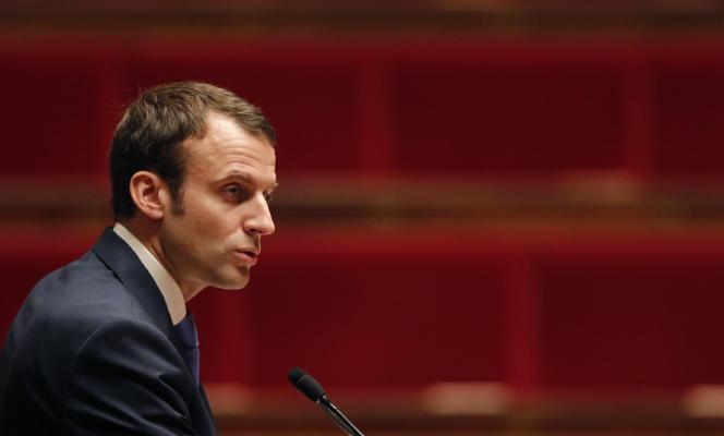 Emmanuel Macron à l'assemblée, le 26 janvier.