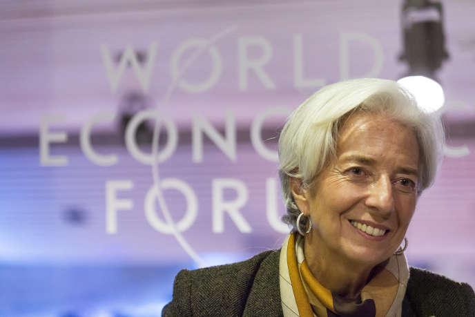 Christine Lagarde, directrice générale du Fonds monétaire international lors de son entretien avec Le Monde le 24 janvier 2015 à l'occasion du Forum économique mondial de Davos, Suisse.