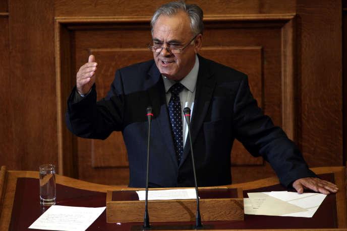 Yannis Dragasakis, au Parlement, à Athènes, le 8 octobre 2014. Il est évoqué comme potentiel vice-premier ministre tout comme ministre de l'économie.
