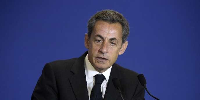 L'ancien président français a rendu hommage au précédent gouvernement d'Athènes,