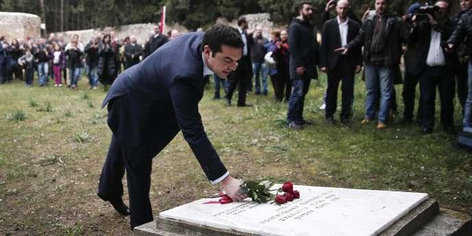 Alexis Tsipras rend hommage aux résistants grecs exécutés par les nazis, le 26 janvier.