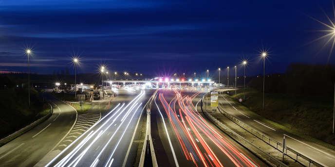 Dans un communiqué, l'association des sociétés françaises d'autoroutes dénonce une « approche caricaturale » qui ne repose « sur aucune réalité juridique ou économique ».
