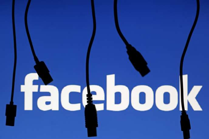Le logo de Facebook, en 2014.