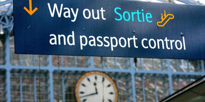 Partir pour un voyage touristique, un stage ou un travail exige de bien vérifier la validité de son passeport.