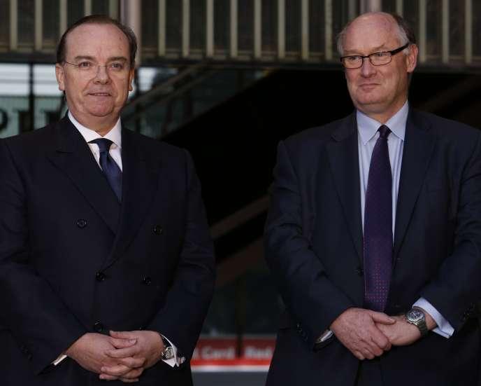 Stuart Gulliver, le directeur général de HSBC (à gauche) et Douglas Flint le président de la banque britannique.