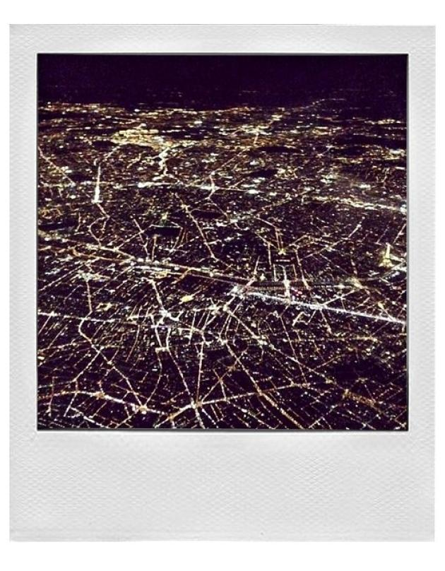 6 - Une ville vue du ciel.
