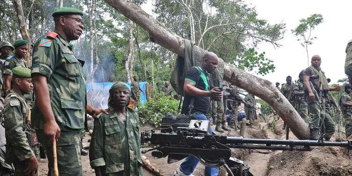 Le lieutenant-général Didier Etumba Longila, à Beni, dans le Nord-Kivu, en mai 2014.