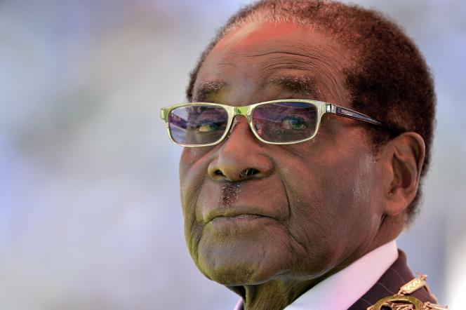 Le président zimbabwéen Robert Mugabe, le 22 août 2013 à Harare.