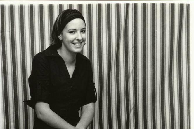 Marie-Cécile Zinsou dans le studio du photographe malien Malick Sidibé, à Bamako.
