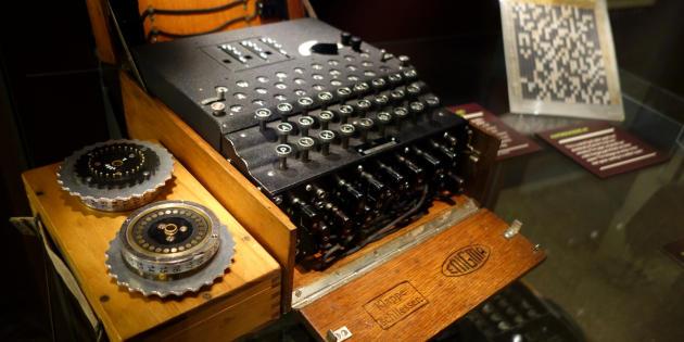 Une machine Enigma au musée de l'informatique de Bletchley Park.
