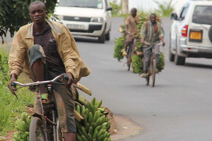 A 70km/heure, en descendant vers Bujumbura.