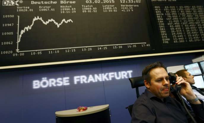 A la Bourse de Francfort, le DAX perdait 1,10 % lundi 6 juillet, peu après 11 heures.