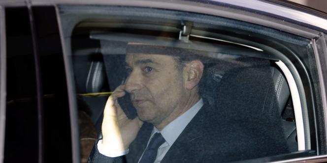 L'ex-président de l'UMP a été mis en examen mardi pour « abus de confiance ». Le parti avait payé en 2013 l'amende infligée à Nicolas Sarkozy pour le dépassement du plafond des dépenses de campagne.