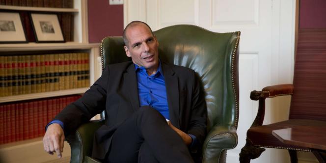 « Nous mettons au point simultanément de quoi dégager un excédent budgétaire primaire ainsi qu'un calendrier de réformes », a détaillé le ministre des finances, Yanis Varoufakis, au « Financial Times ».