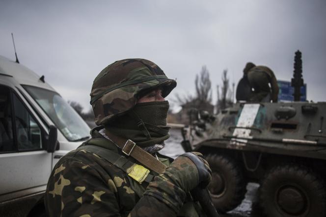 Des soldats ukrainiens, près de Donetsk, le 3 février.