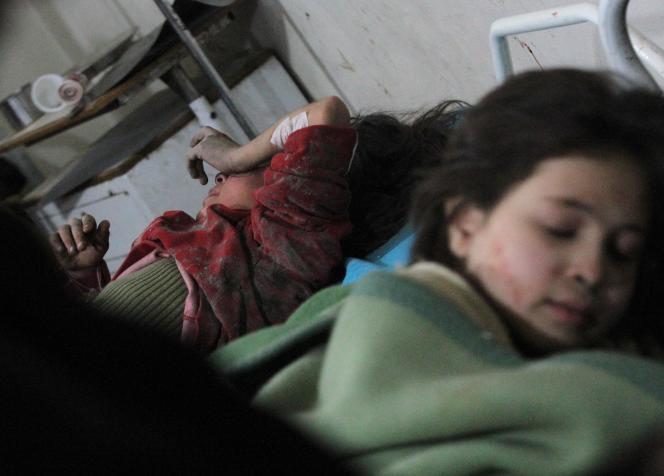 La Ghouta orientale, principale région rebelle dans la province de Damas, subit depuis plus d'un an un siège impitoyable de l'armée.