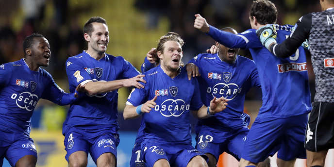 Les joueurs bastiais célèbrent leur victoire face à Monaco, le 4 février.