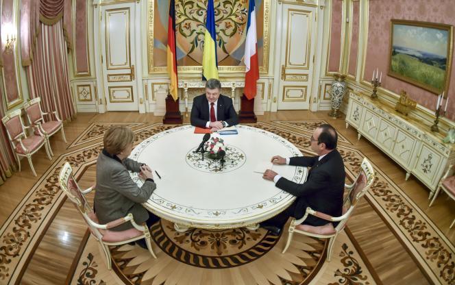 Angela Merkel et François Hollande avec le président ukrainien, Petro Porochenko, le 5février, à Kiev.