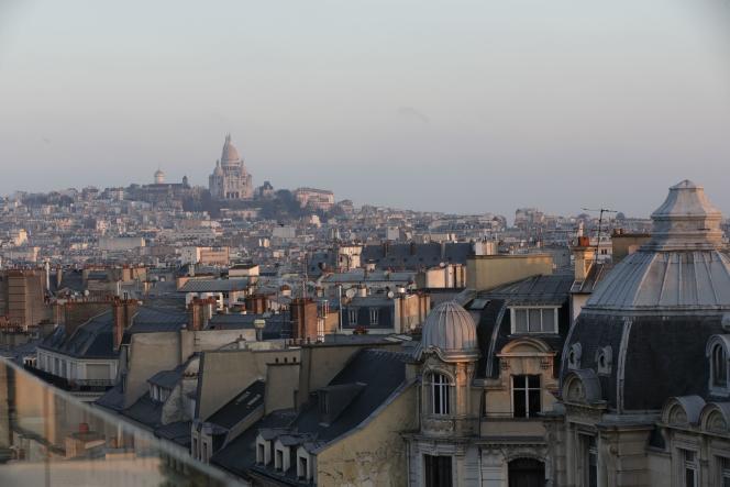 Les toits de Paris en février 2015. Au fond, le Sacré Coeur.