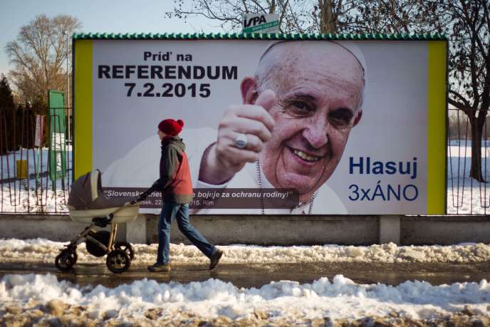 Dans une rue de Bratislava, vendredi 7 février.