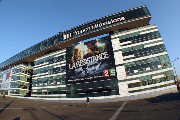 La façade du siège de France Télévisions, sur les bords de Seine, à Paris.
