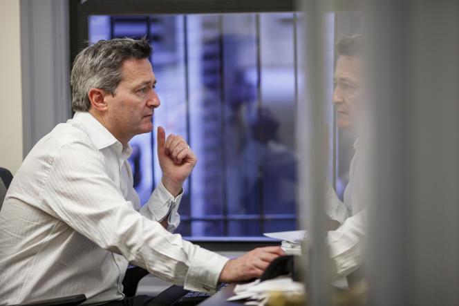 Gerard Ryle, directeur de l'ICIJ, dans les locaux du consortium, à Washington, le 22 janvier.