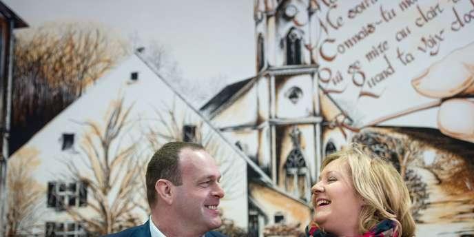 Steve Briois et Sophie Montel, du Front national, à Allenjoie, dans le Doubs, le 5 février.