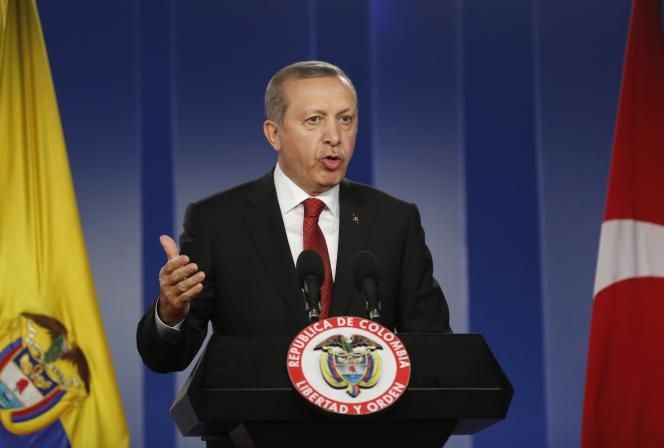 Le président Erdogan, le 10 février lors de sa visite officielle en Colombie.