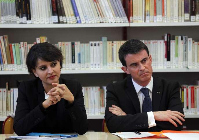 Manuel Valls et Najat Vallaud-Belkacem, au lycée Victor-Hugo, à Marseile, le 10 février.