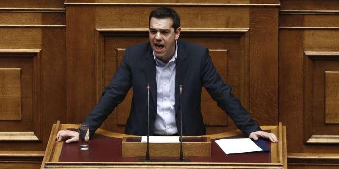 Alexis Tsipras livrant son discours de politique générale devant le Parlement grec, mardi soir.